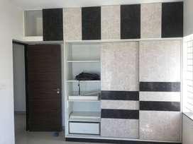 Vadapalani 3200sq,3bhk 3bath room ,3Hall
