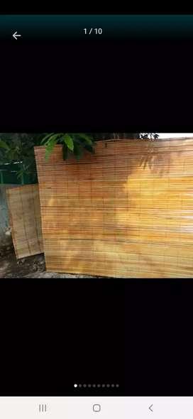 Penjual semua tirai ada bambu