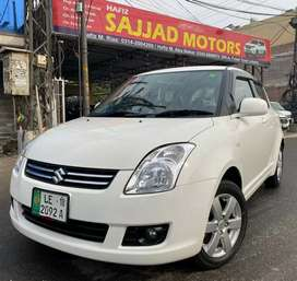 Suzuki Swift DLX Automatic 1.3 Model 2018