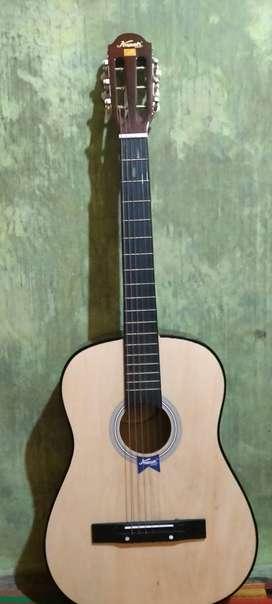 Dijual gitar kapok Medel mg010…2bulan pakai