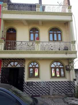 An independent self constructed duplex house with 3 bedrooms
