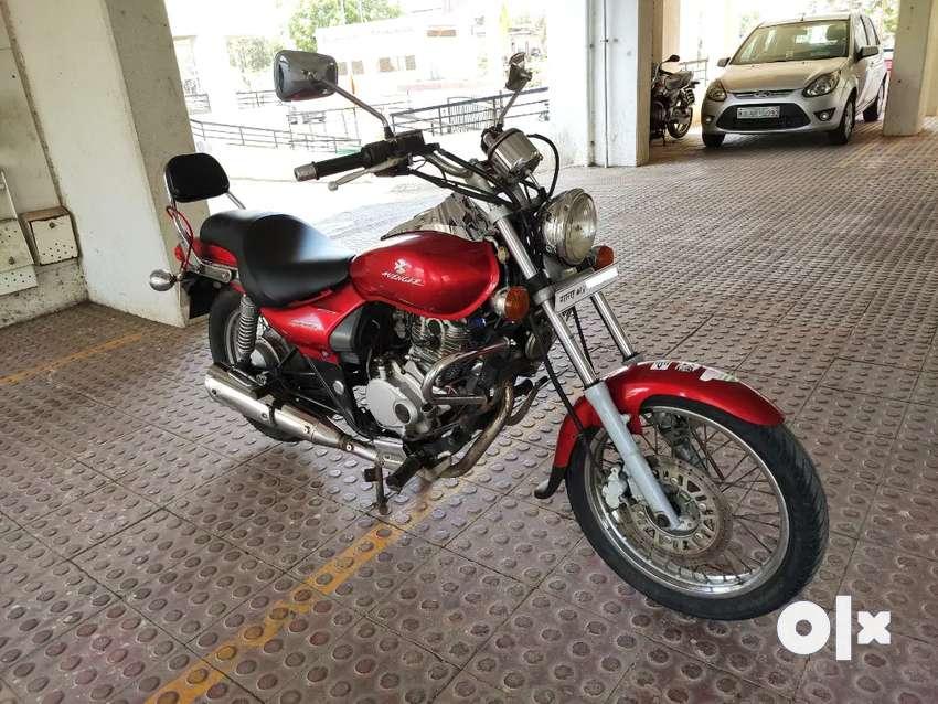 Bajaj Avenger 200CC Red color 0