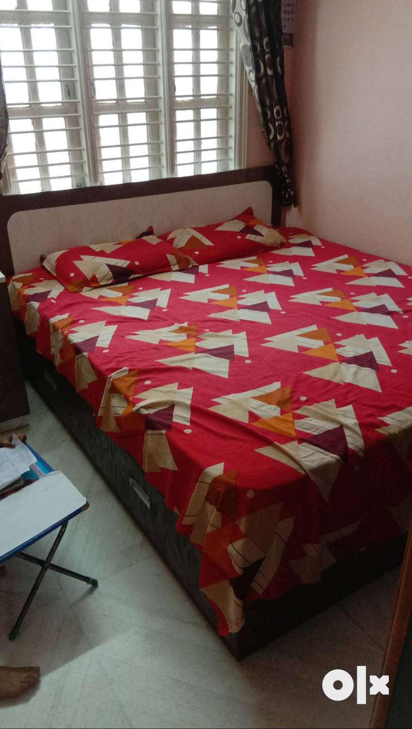 DOUBLE BED with matress 0