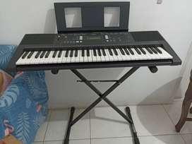 Dijual keyboard yamaha PSR E343. free stand keyboard