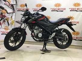 Istimewaah gan Honda Cb150R Hitaam Glossy - Eny Motor