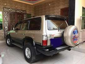 Toyota Land Cruiser 4.2 VX limited excellent condition