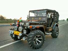 Black willy jeep