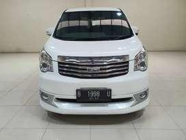 Toyota NAV 1 2.0 2013 Automatic Putih