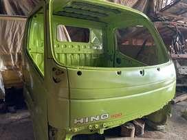 Kepala mobil Hino Dutro