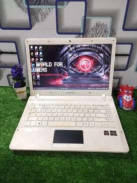 Jual laptop Branded Samsung 275E5E-UJ9RQ8D WhiteRed [Longlife Battery]