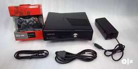 XBOX360 SLIM 320GB COMPLETE 80GAME