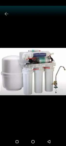 Under sink ro 1year warranty on electric parts.