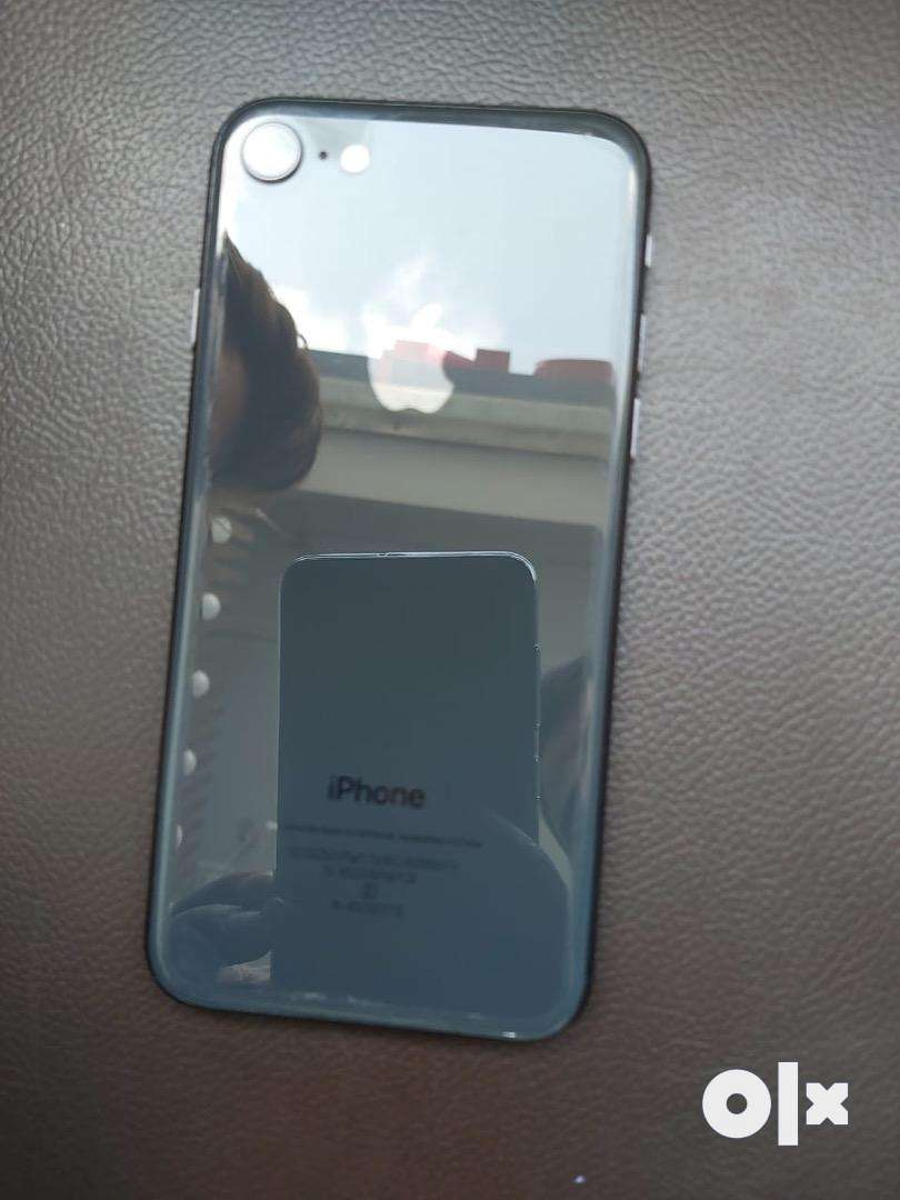 Iphone 8 64 GB in new condition 0