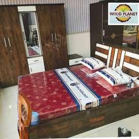 Brand New Elegant Design Bedroom Set In Best Rate