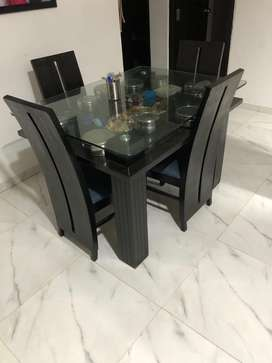 Dinning table 4 seater