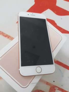 iPhone 7 32gb with bill 6 month sellers warranty imported