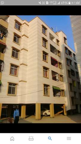 secured campus at walking distance  from main road