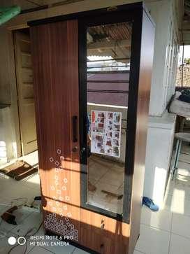 lemari 3 pintu ful kaca