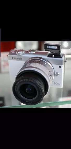 Canon eos m100kit 15_45mm