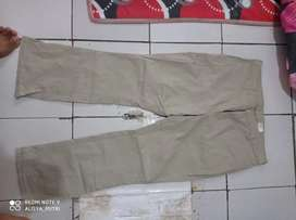 Dickis size 32/33