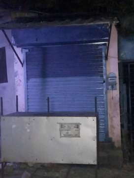 Bhawanipur Harish Park Ground Floor Road Side 150 sqft Shop Rent 15K.