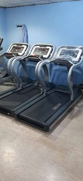 Startrac STR -c commercail treadmil with 5 hp AC motor