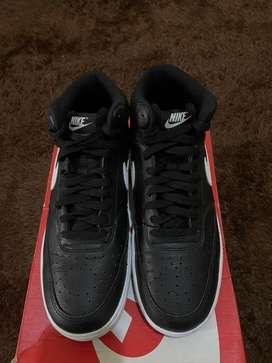 Nike Court Vision Mid Black/white EU 43