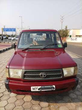 Toyota Qualis FS B4, 2001, Diesel