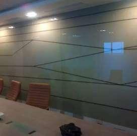 Dengan stiker sanblas kaca film dapat menyulap tampilan Kaca kantor
