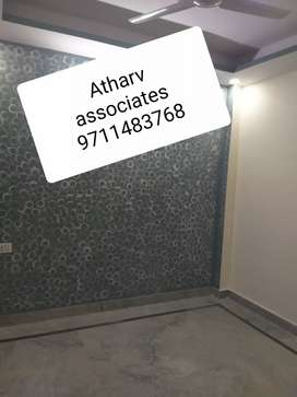 Fully independent flat in laxmi nagar