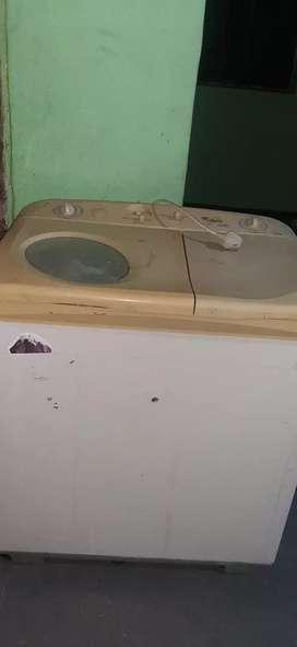 Whirlpool washing machine semi automatic