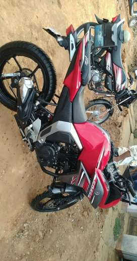 Yamaha fazer version 2 for sale, well maintained and single owner.
