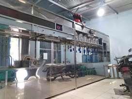 Depot air minum isi ulang galon made In Damisiu