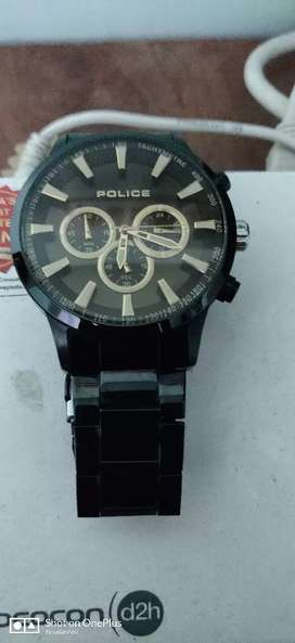 New look Police watch for sale