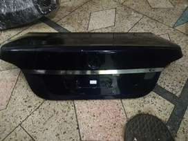 BMW 5 series trunk  in used condition