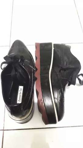 Sepatu JonMei For San size 38