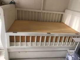 Baby box/ranjang bayi merk babylux
