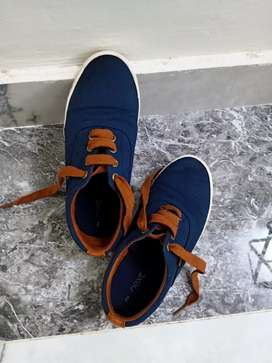 Kids Shoes for sale.Brand: next Size:UK2,EUR 34.5