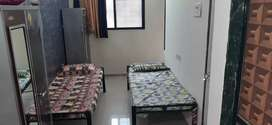 Fully furnished Paying guest flat in near ghansoli railway station .