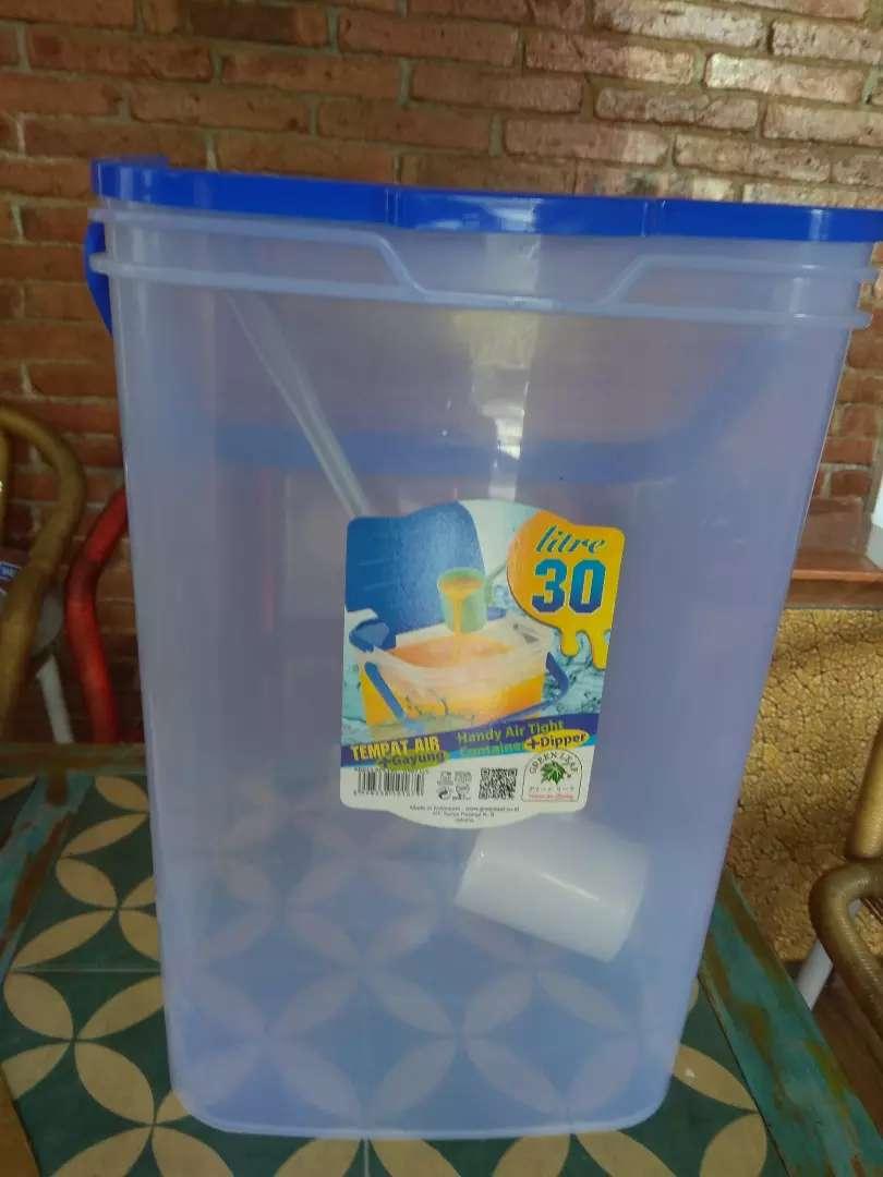 Container plastik 30 liter