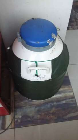 N2 slender and ice cream machine for sale in multan