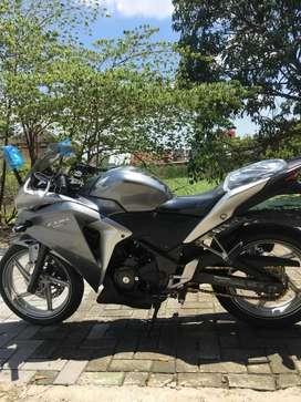 Honda CBR 250 ABS Silver 2011
