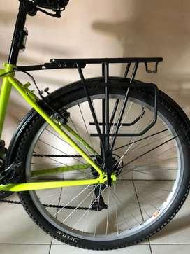 Rak pannier belakang sepeda