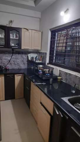 Fully furnished flat withbterace garden and all amenities
