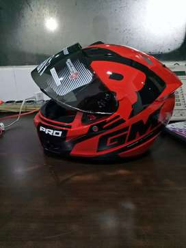 Dijual helm full face merk GM ukuran M baru seminggu beli