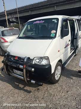 Eeco star .cng+petrol  good condition .model year 2015 sep month