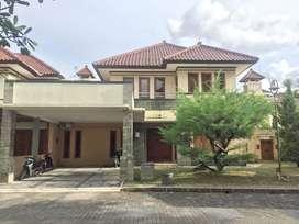 Rumah Mewah Fully Furnished Dalam Perumahan Jogja Regency Dekat UGM