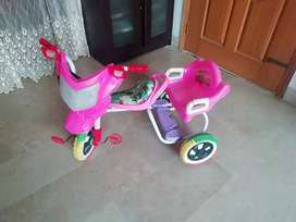 double seatr tricycle