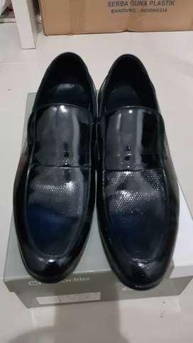 Sepatu pria sepatu pantofel crocodile asli