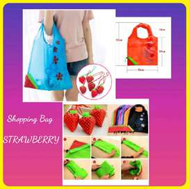 New Shopping Bag Tas Belanja Serbaguna Lipat Strawberry Baggu